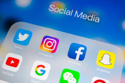 Emenator aSocial Network