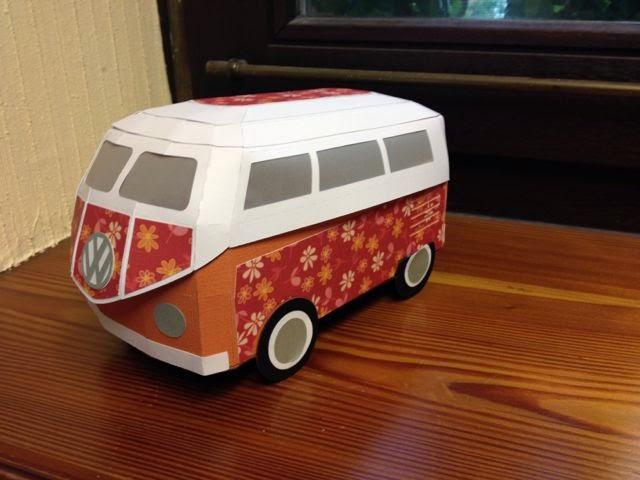 susi 39 s basteltipps hippie vw bus aus papier. Black Bedroom Furniture Sets. Home Design Ideas