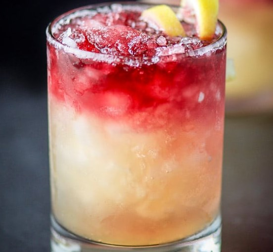 NEW YORK SOUR COCKTAIL #drinks #cocktails