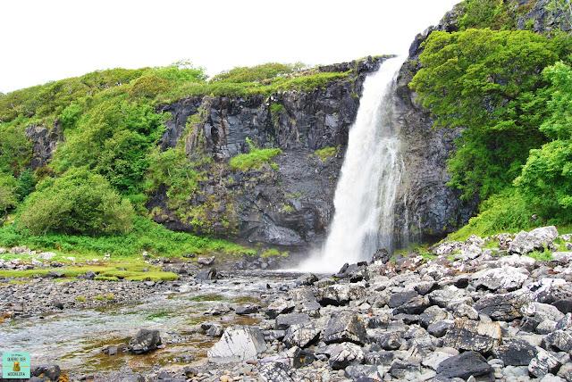 Eas Fors Waterfall, isla de Mull (Escocia)