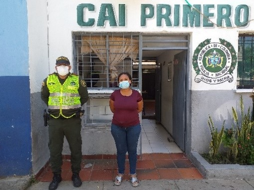 https://www.notasrosas.com/Por diferentes delitos capturados un hombre y una mujer, en Valledupar