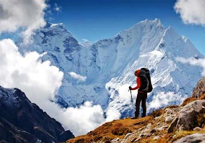 Hacia la cima del Himalaya
