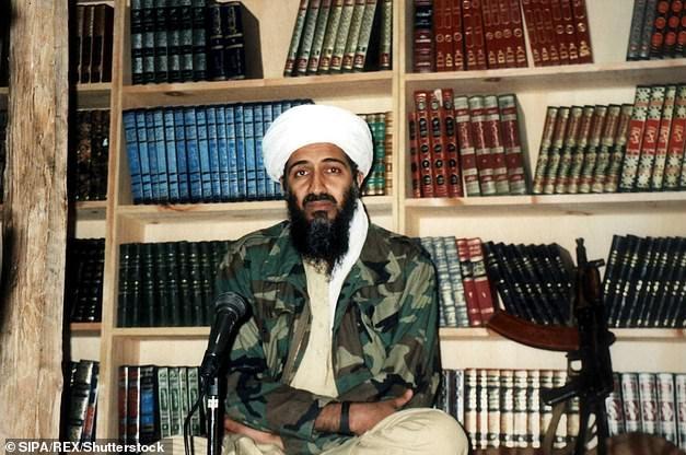 Bin Laden potrebbe aver nascosto messaggi in codice in video pornografici per comunicare con i membri di al-Qaeda prima di essere ucciso