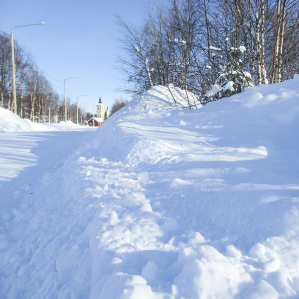 Lumipenkka Muoniossa