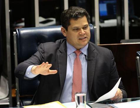 Senado aprova PEC sobre tramitação de medidas provisórias