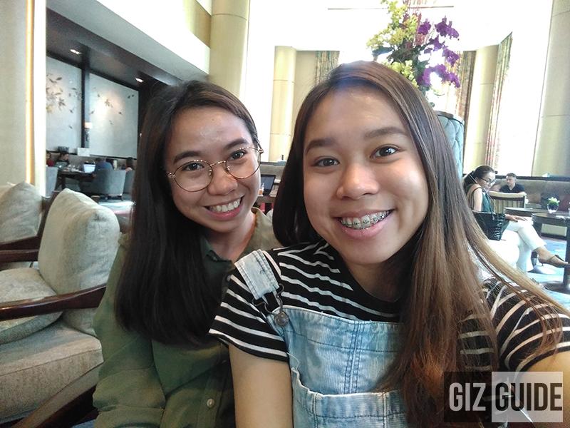 Huawei Y6 2018 Well-lit selfie