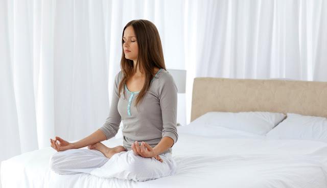 Ngồi thiền đúng cách tại nhà để chữa dứt điểm căn bệnh mất ngủ