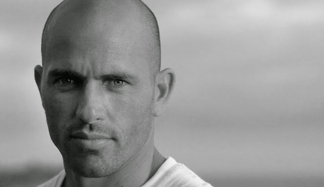kelly slater foto The Inertia com