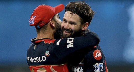 Kane Richardson & Adam Zampa yet to leave Mumbai, await return to Australia