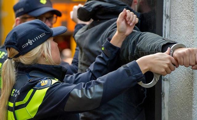 قانون هولندي جديد يخص السفر إلى بعض المناطق يعرض المخالف للسجن