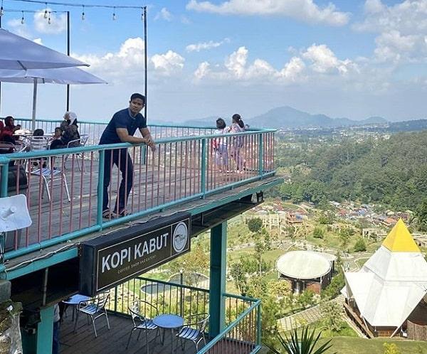 panorama kopi kabut sevillage