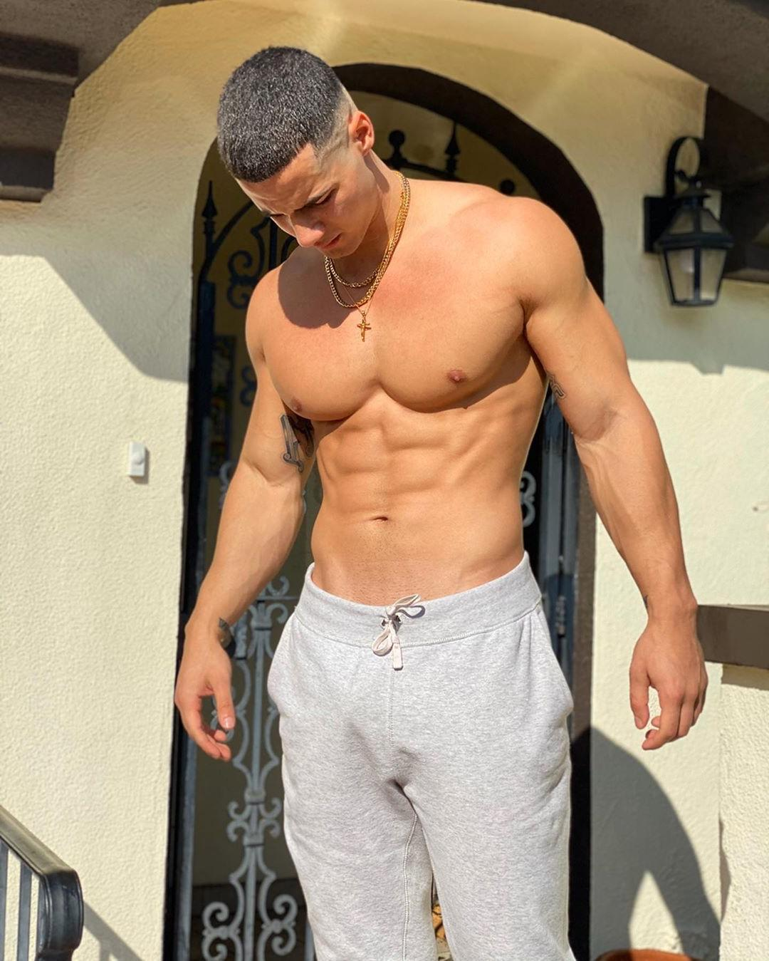 handsome-neighbor-muscle-pecs-shirtless-fit-body-abs-bad-boy
