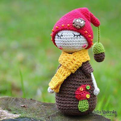 Гномик-сплюшка амигуруми