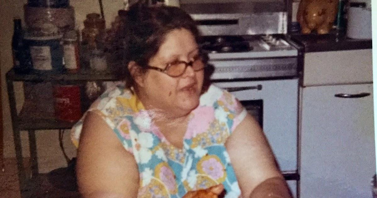 Lora Ann S Kitchen