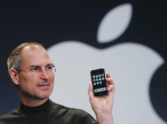 """3 chính sách khác người giúp Apple """"lên đỉnh"""""""