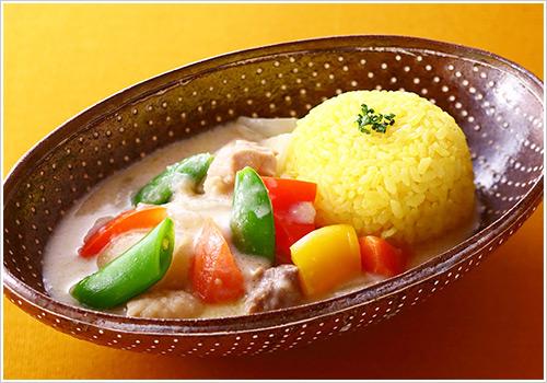鶏と夏野菜のホワイトカレー