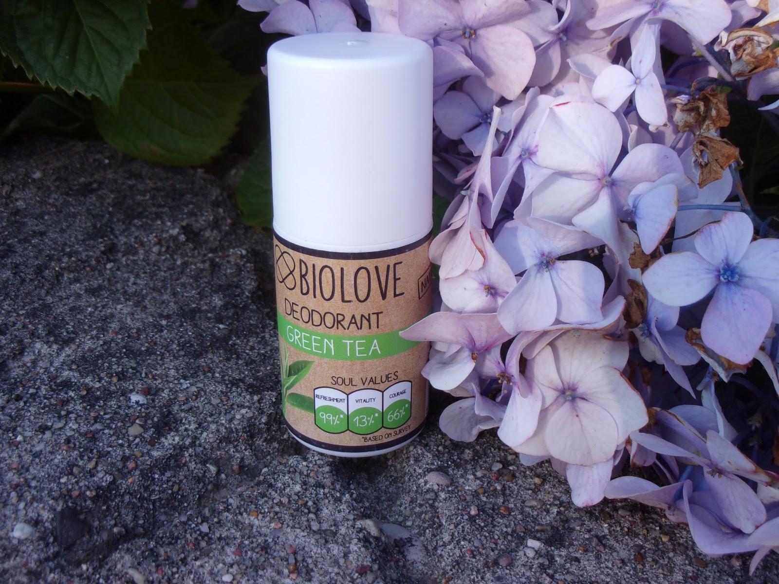 Dezodorant Biolove o zapachu zielonej herbaty