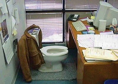 vater en la oficina · conlosochosentidos.es