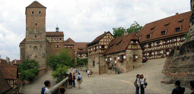 castello-norimberga-poracci-in-viaggio-pacchetto-volo-hotel