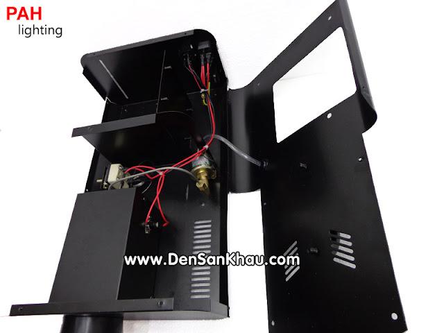 kết cấu của máy phun khói được thiết kế rất chắc chắn, cẩn thận và sự liền mạch rất tốt