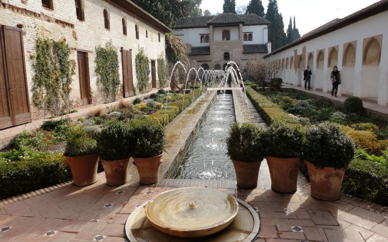 Un recorrido por el interior La Alhambra