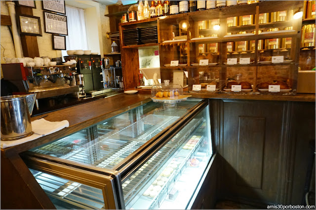 Interior del Bosie Tea Parlor en Nueva York