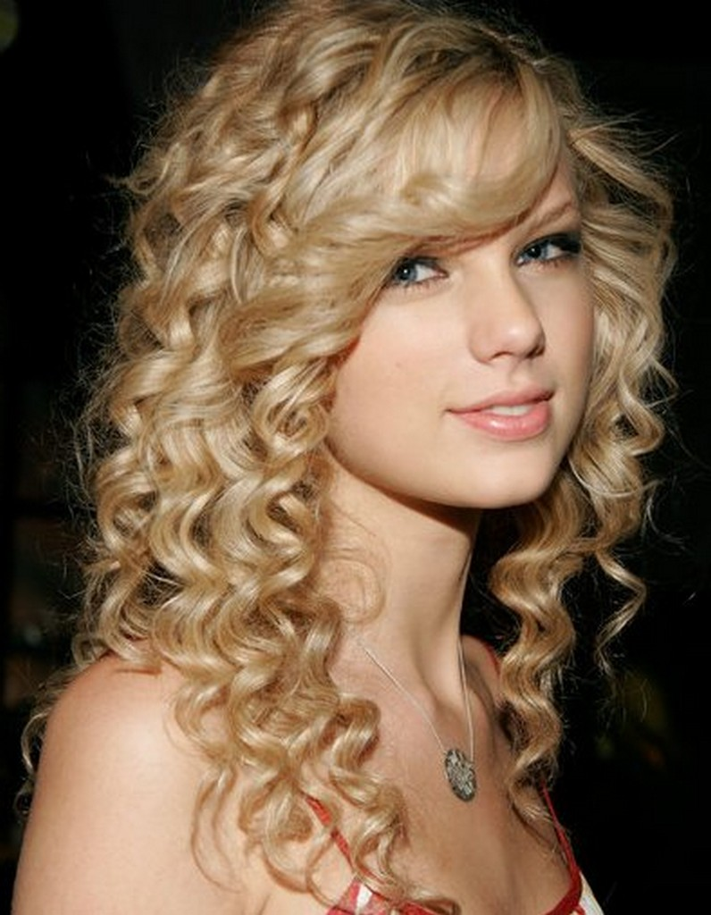 Outstanding Latest Curly Hairstyles Trends Hairstyles Photos Short Hairstyles Gunalazisus
