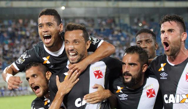 Nenê anotou os dois gols do Vasco (Foto: Carlos Gregório Jr.Divulgação)