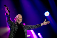 Neil Diamond: The 50 Year Anniversary World Tour at the United Center on May 28, 2017