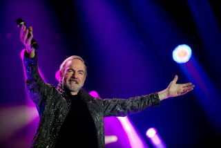 Neil Diamond 50 Anniversary Tour in Chicago on May 28 at United Center