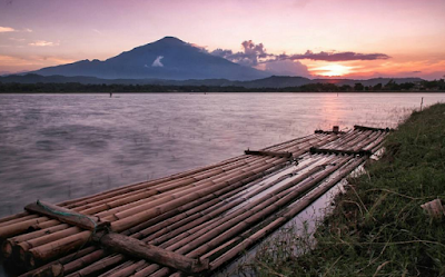 Tempat Wisata di Cirebon Yang Populer