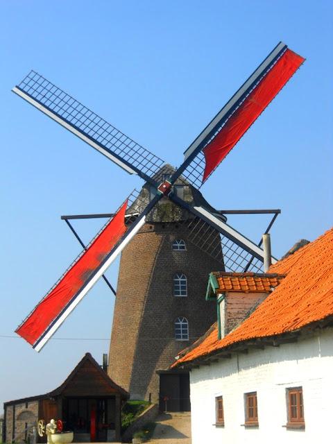 frans-vlaanderen, le nord, pays de flandre,windmolens, molen