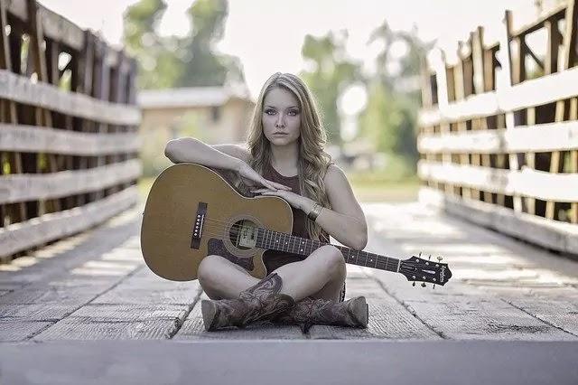girl music lover