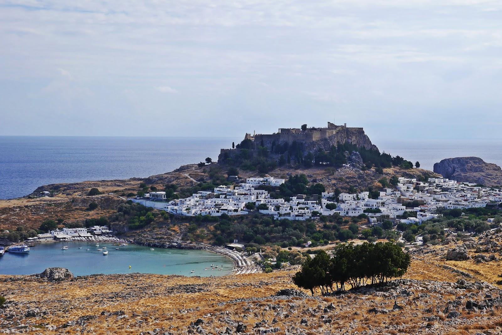 lindos miasto rodos rhodes grecja karyn blog modowy blogerka modowa podróż poślubna