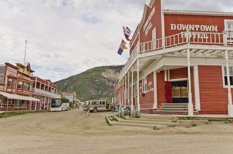 7 most delightful small towns in canada