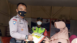 Binmas Polsek Banjaran Polresta Bandung Pantau Penyaluran Program Bantuan Langsung Tunai