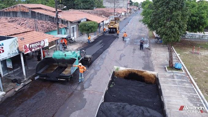 Veja como está ficando todo o recapeamento asfáltico da Av. Raimundo Oliveira, em Chapadinha.