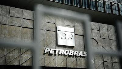 Ex-gerente da Petrobras é preso