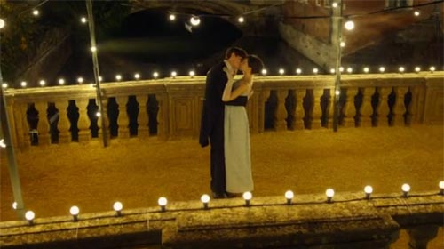 Eddie Redmayne and Felecity Jones in The Theory of Everything