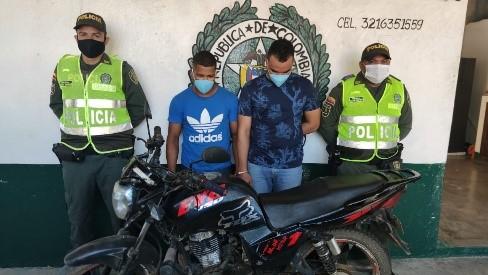 hoyennoticia.com, La Policía les quitó una moto robada