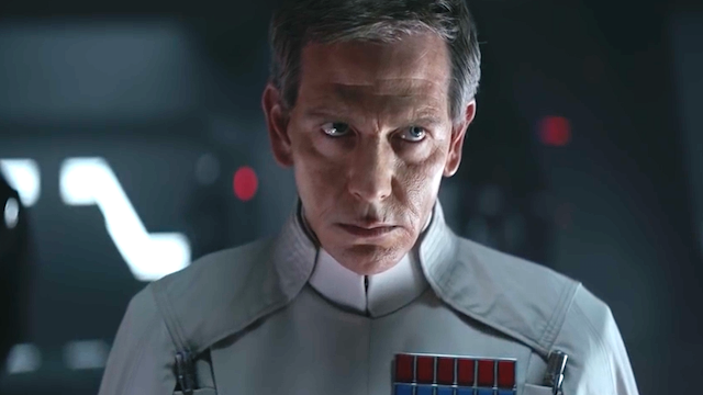 Ben Mendelsohn en Orson Krennic dans Rogue One, a Star Wars Story
