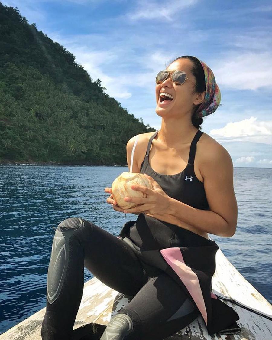 Prisia Nasution artis di atas kapal