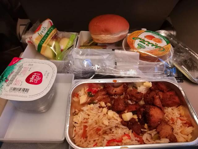 Makan pagi di Saudia