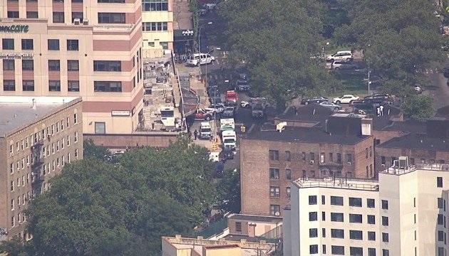 Um homem entrou com um fuzil e atirou, em pelo menos três pessoas, num hospital no distrito do Bronx, em Nova York, Estados Unidos, nesta sexta-feira (30/6).