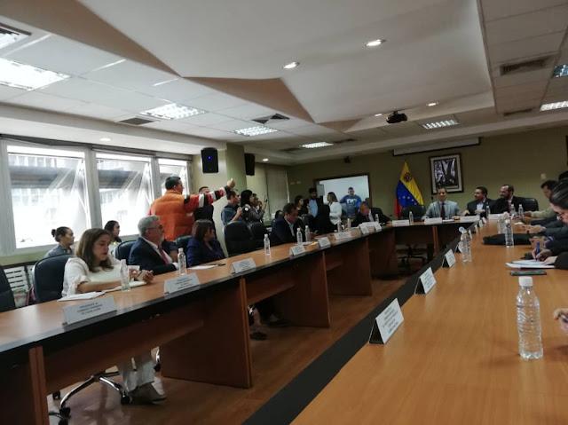 VENEZUELA: Diputado Luis Lippa estuvo presente en instalación de comisión delegada del parlamento venezolano.