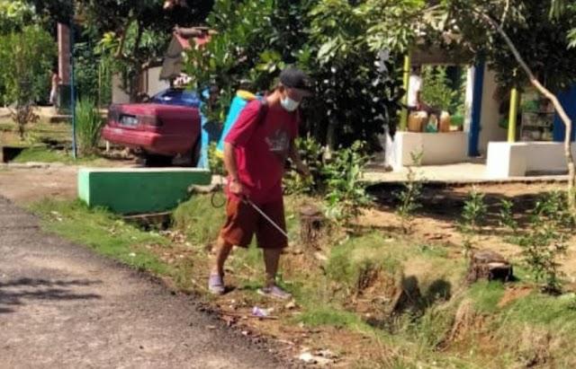 Kades Way Sido Ajak Masyarakat Untuk Selalu Menjaga Kebersihan Lingkungan