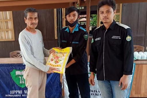 Bantuan HPPMI Maros untuk Korban Banjir Diterima Wakil Bupati Lutra