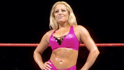 Trish Stratus Teases WWE Return for Women's Royal Rumble