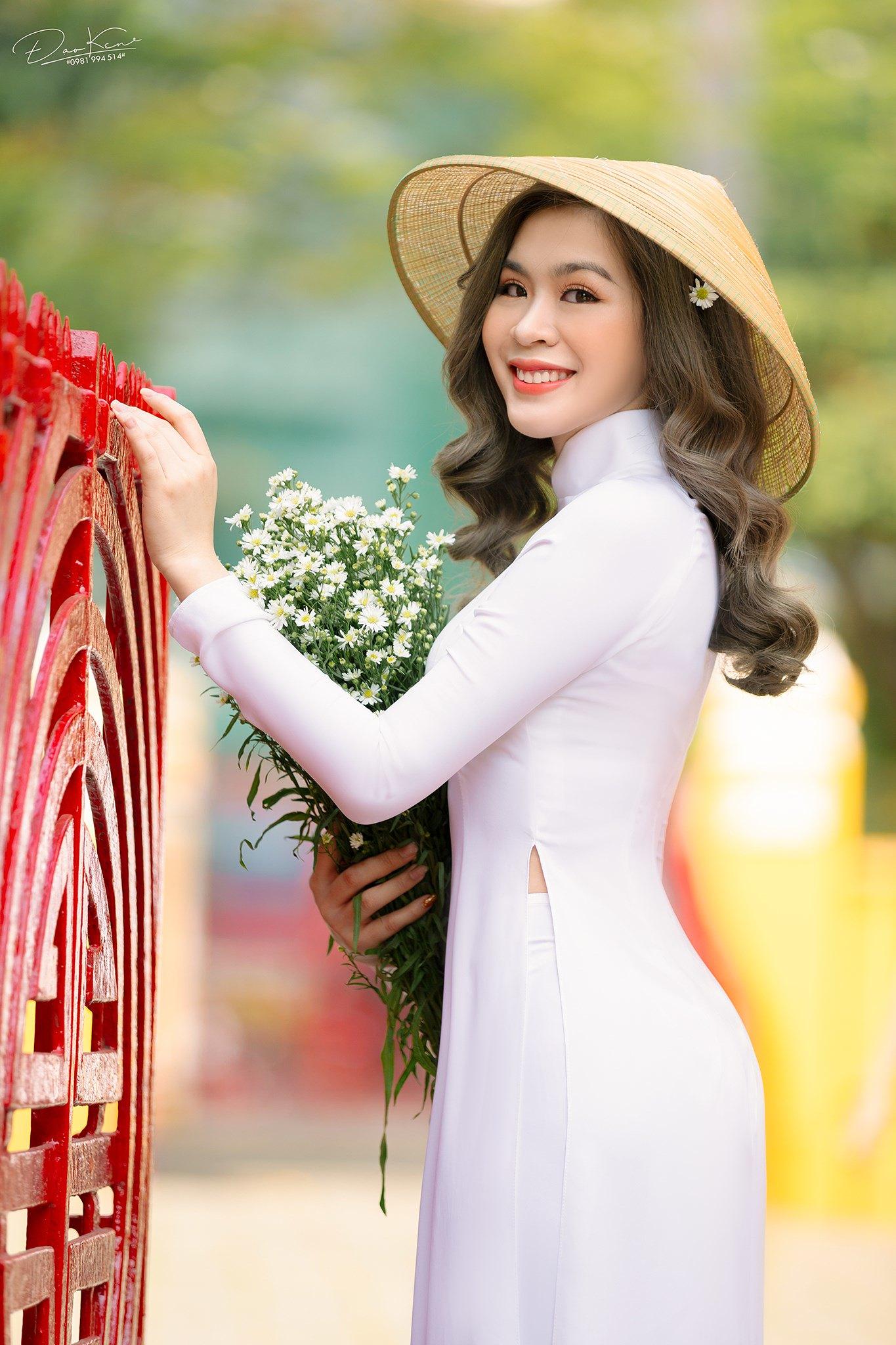 Tuyển tập girl xinh gái đẹp Việt Nam mặc áo dài đẹp mê hồn #57 - 18