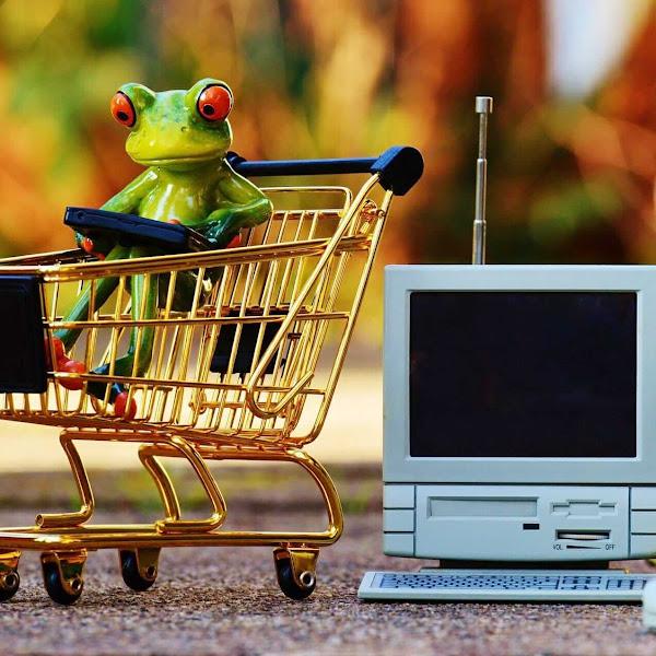 5 Kelakuan Menyebalkan Orang Antri di Kasir Supermarket